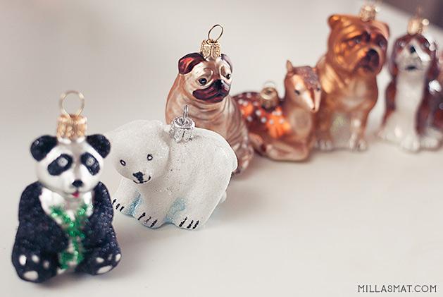 Annerledes og vakker julepynt, disse er av aluminium og er håndmalte.