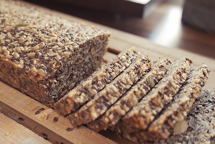 Dansk steinalderbrød uten hvetemel og gjær