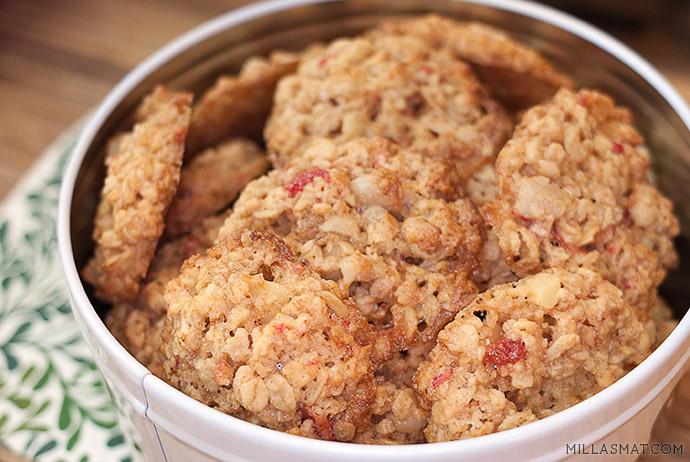 kirsebaer-mandel-cookies