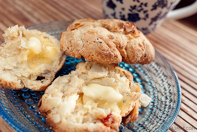scones-med-yoghurt
