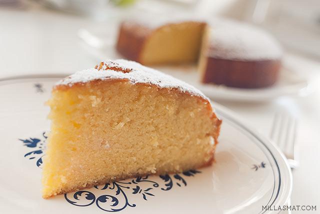 Lemon drizzlecake :: sitronregnkake