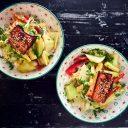 Laks med Ponzuhonning og japanske wokgrønnsaker