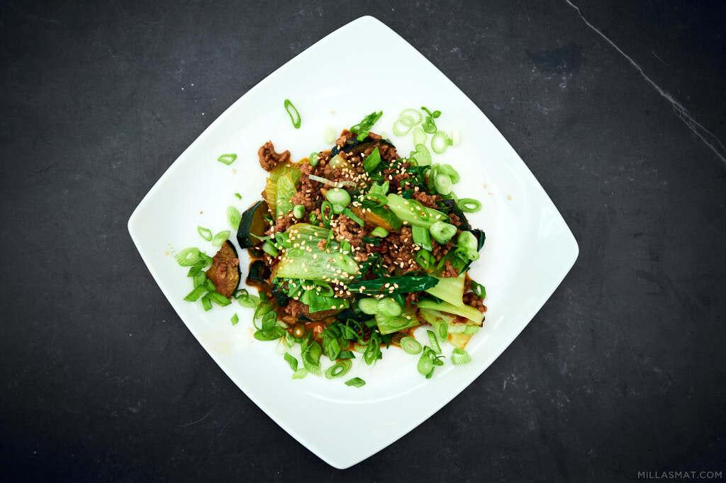 aubergine-og-svinewok