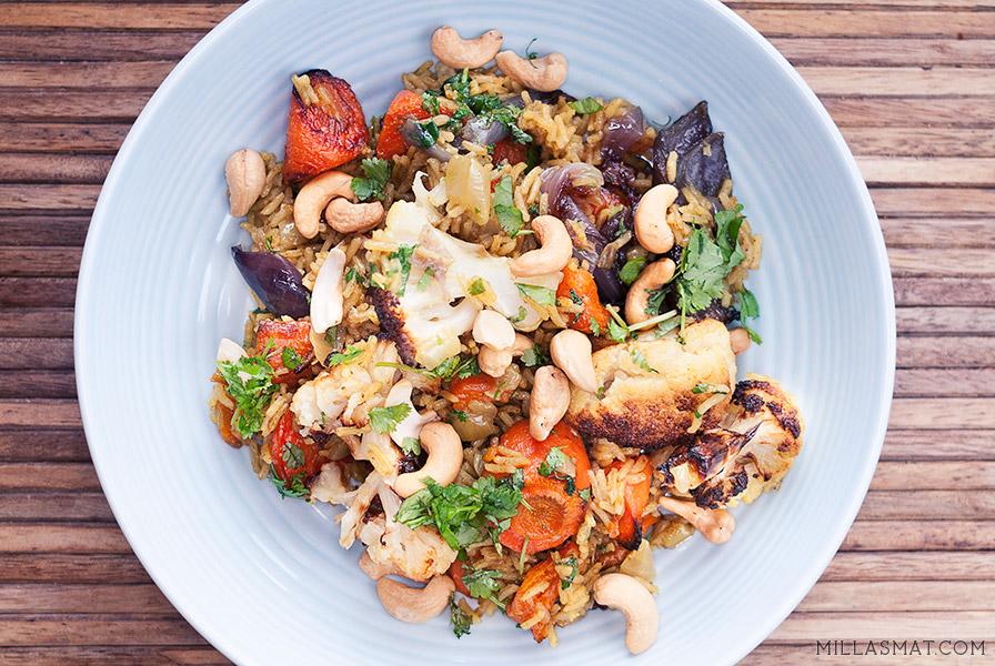 Biryani med grønnsaker og cashewnøtter