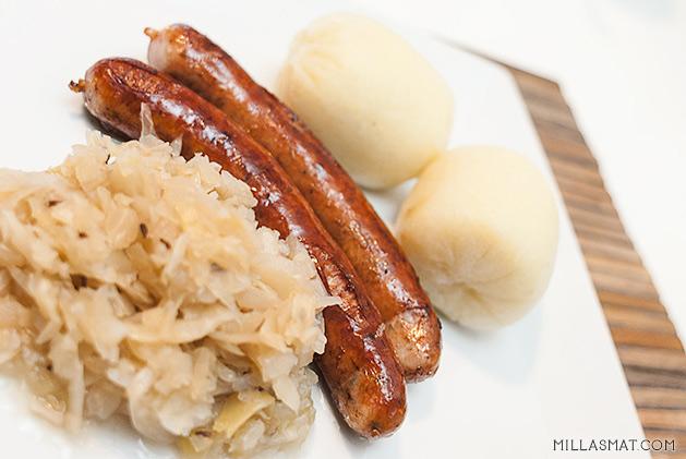 Bratwurst tilbehør