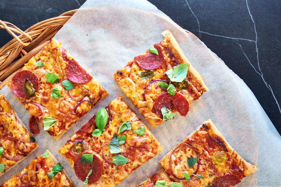 Brick-Style pizza