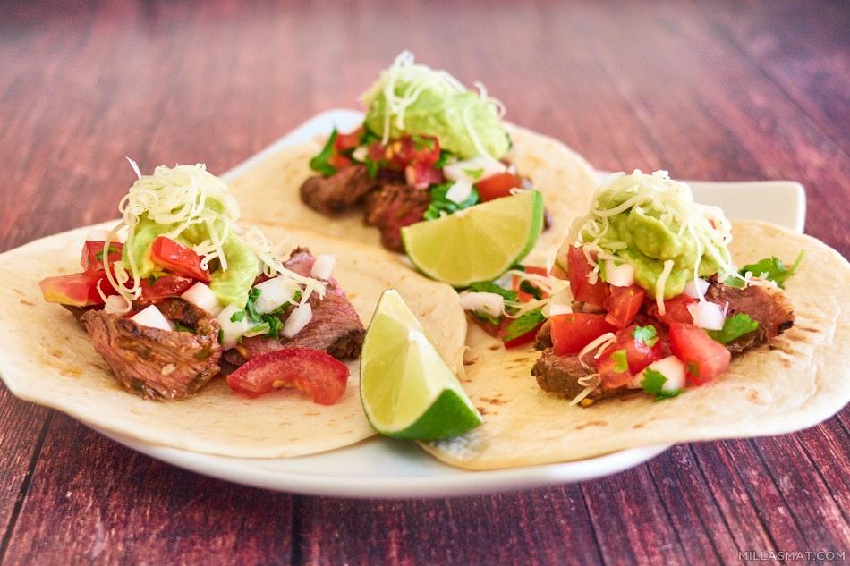 Bifftacos :: carne asada tacos