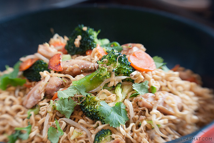 chicken-fried-springy-noodles