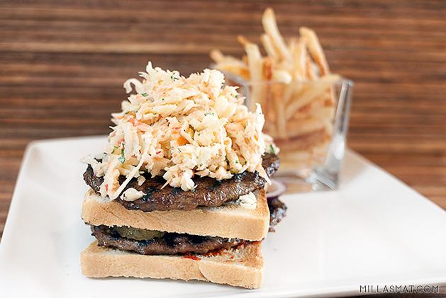grillburgere-coleslaw
