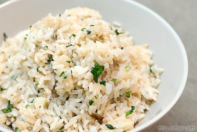 Hvitløksstekt ris fra Japan