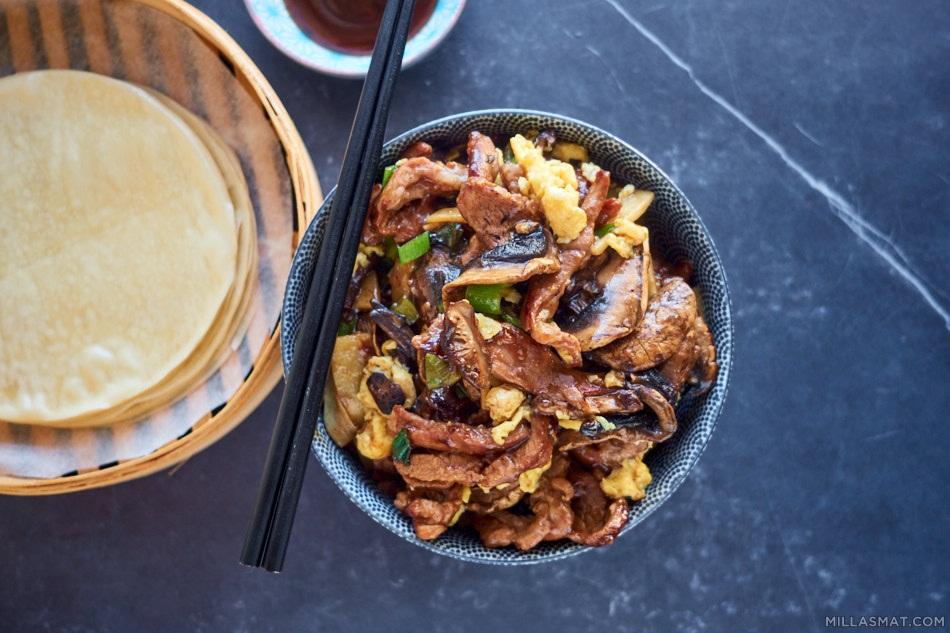Mushu Pork med tynne pannekaker
