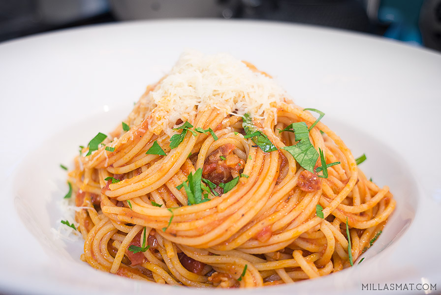 pasta-bacon-tomat