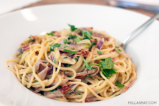 pasta-med-norzola-og-skinke