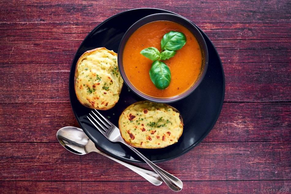 Sophie Dahls ristede tomatsuppe og fylte poteter