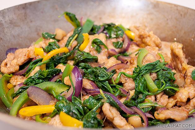 Svinekjøtt i kinesisk plommesaus