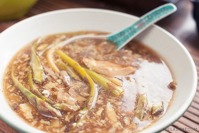 szehuansuppe-asparges