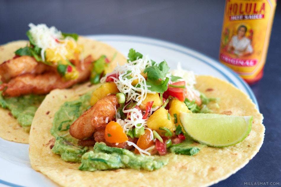 Torsk-tempura tacos med spicy mangosalsa