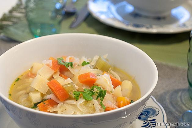 vinterlig-gronnsaksuppe