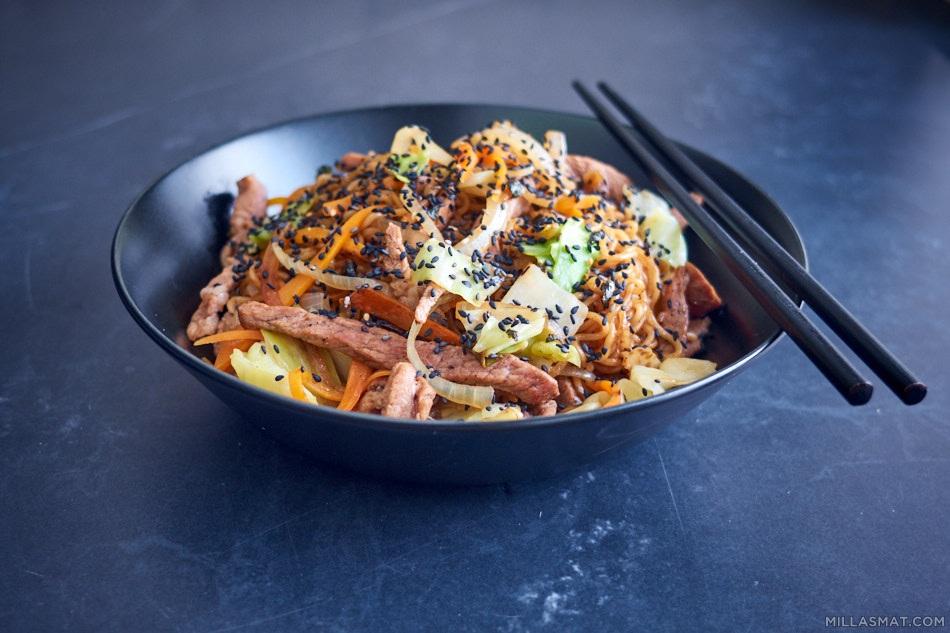 Yakisobanudler :: japansk comfortfood
