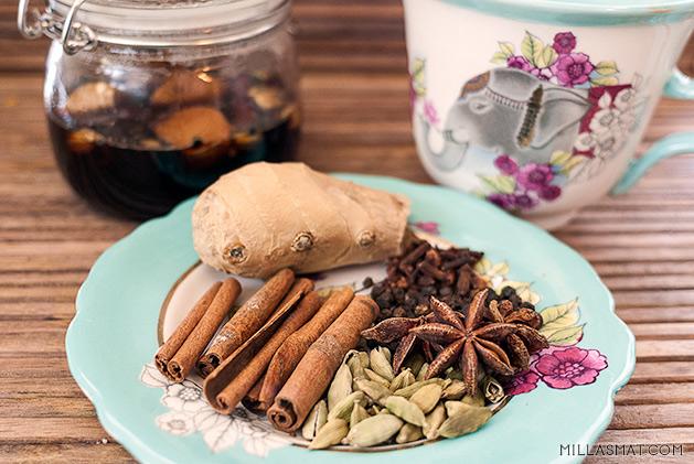 Chaisirup til te eller kaffe