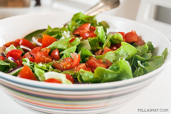 Ekbladsalat med vinaigrette