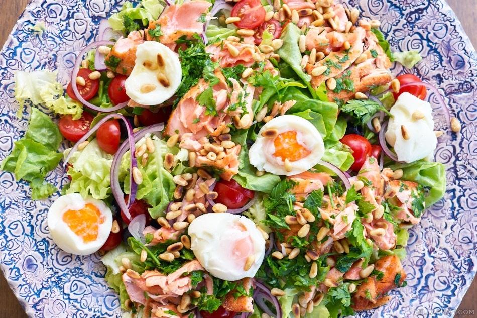 Salade Niçoise «nouveau» med laks