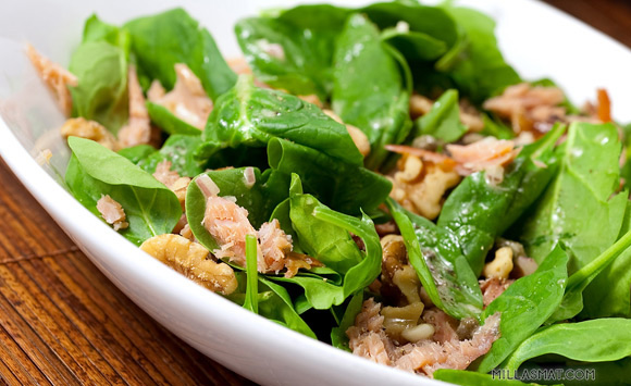 Spinat- og valnøttsalat