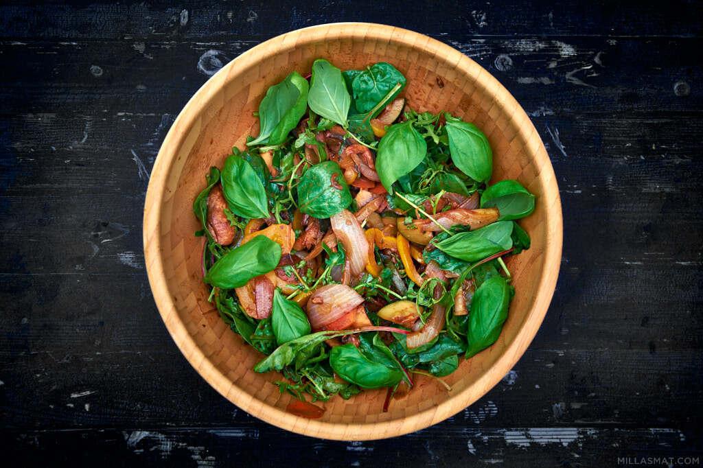 Vegetarsalat fra Pastis med crostini